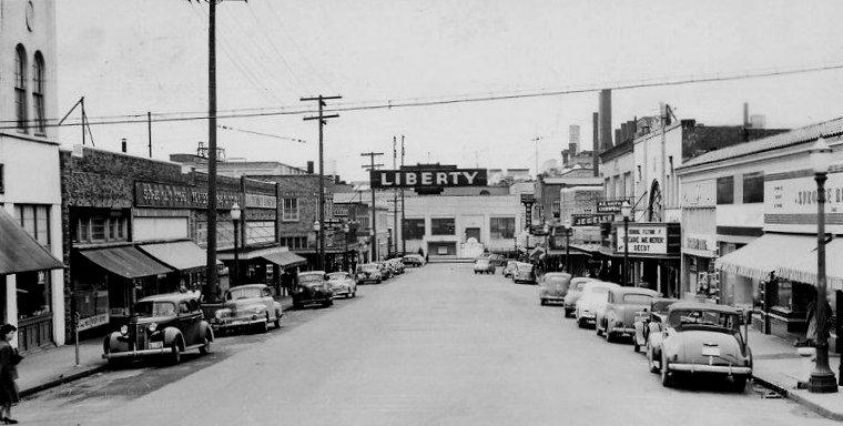 liberty_streetscene-1947-l